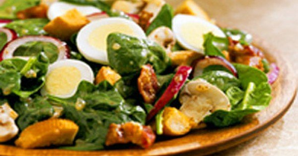 Sweet Spinach Salad with Kraft Signature Sweet Onion Vinaigrette
