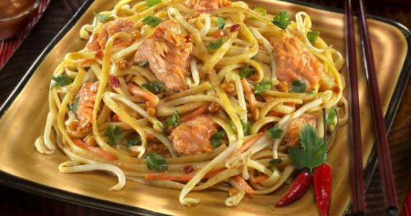Thai Salmon Pasta