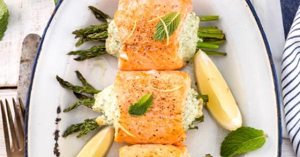 Feta Cheese-Stuffed Salmon Rolls