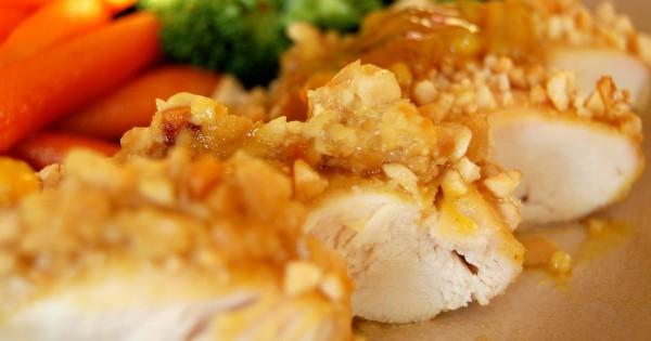 Chicken with a Cashew Crust