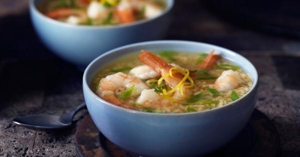 Lemon Garlic Shrimp Soup with Brown Rice