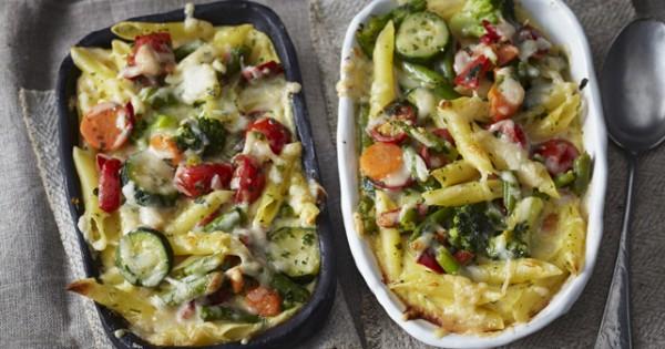 Alfredo Pasta Bake with Mediterranean Vegetables