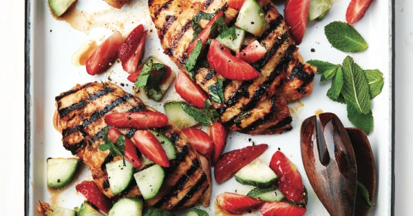 Spicy grilled chicken with strawberry-cucumber salad