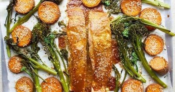 Easy One-Pan Japanese-Inspired Salmon