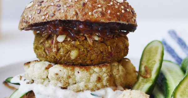 All-Bran* Indian-Inspired Chickpea Burgers with Crispy Onions