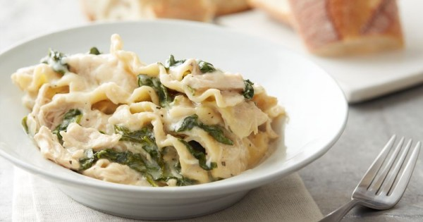 Slow-Cooker Cheesy White Chicken Lasagna