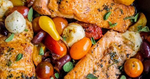 Pan-Seared Salmon with Cherry Tomatoes and Mozzarella