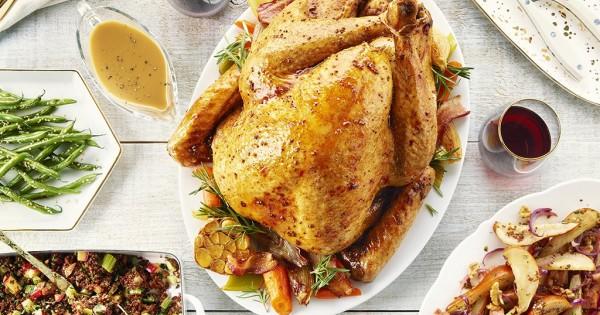 Maple Bacon Glazed Turkey with Gravy