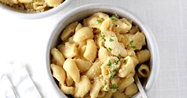 Hidden Cauliflower Mac 'n' Cheese