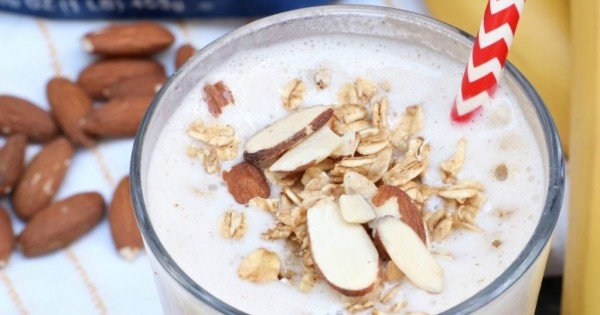 Healthy Banana Nut Breakfast Smoothie