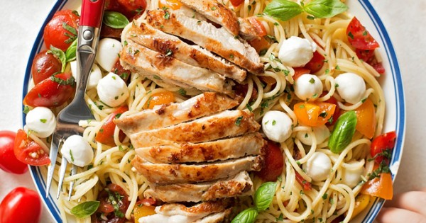 Bruschetta Chicken and Pasta