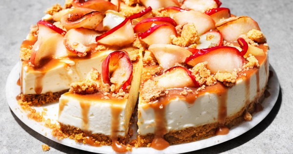 Toffee apple crumble cheesecake