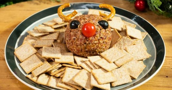 This Rudolph Cheeseball Will Win Your Christmas Party