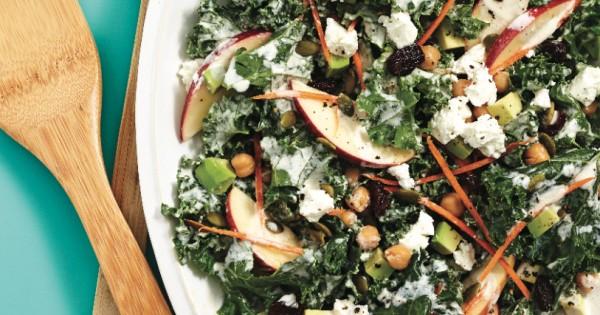 Kale salad with creamy cashew dressing