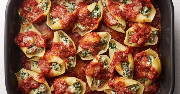 Sausage, Spinach and Cheese Stuffed Shells