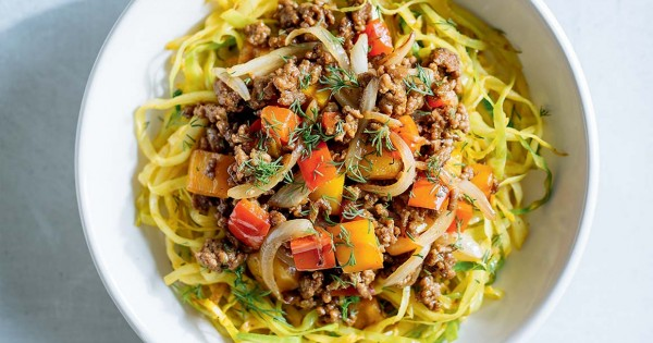 """Curry Cabbage """"Noodles"""" and Sautéed Beef by Ricardo"""