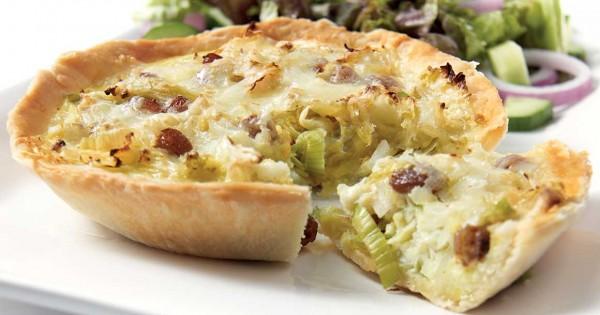 Leek and cabbage tartlets