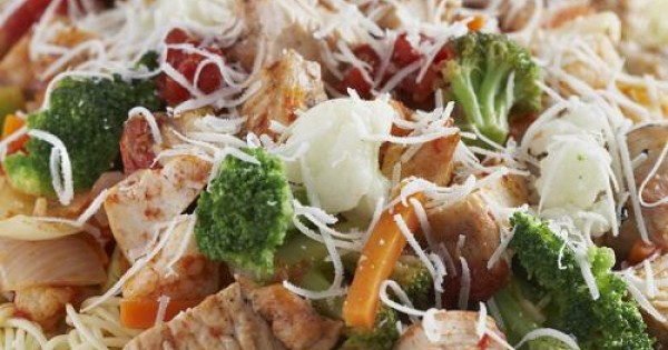 Angel Hair Pasta with Chicken and Vegetables