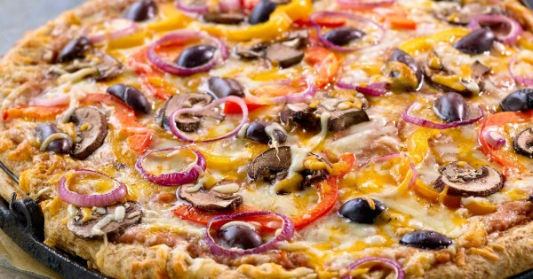 Veggie Pizza with Cheese Crust
