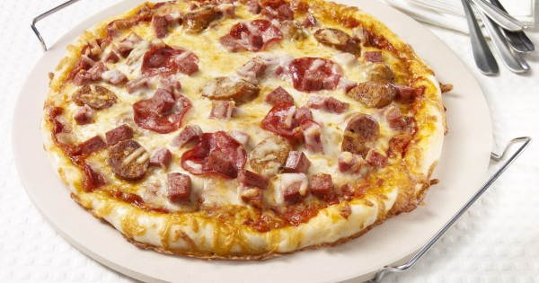 Amoré meat lovers' pizza