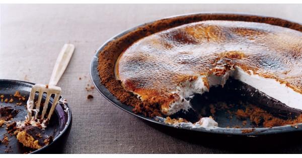Chocolate S'mores Pie Recipe
